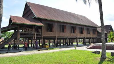 Intip 4 Fakta Rumah Adat Suku Bugis yang Jarang Orang Ketahui
