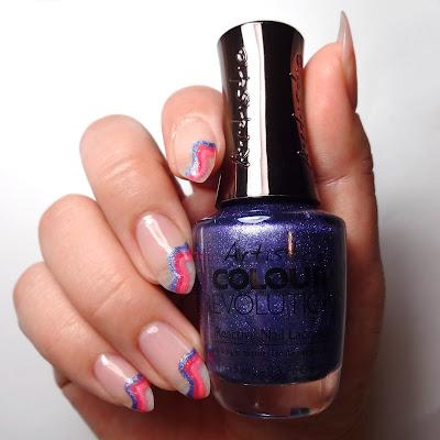 Simple Stripe Nails