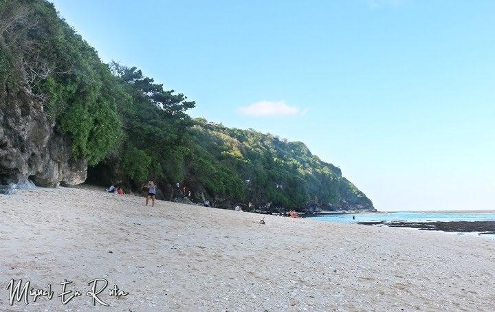Green-Bowl-Beach-pequeña-extensión-arena