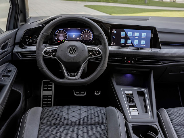 Novo VW Golf Mk8 2021 eTSI - interior