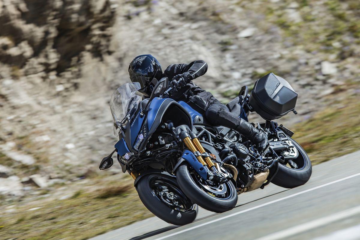 Patrocinar Multiplicación La forma  Prueba Yamaha Niken GT - Fénix Moto – Noticias, pruebas de motos,  comparativas y accesorios