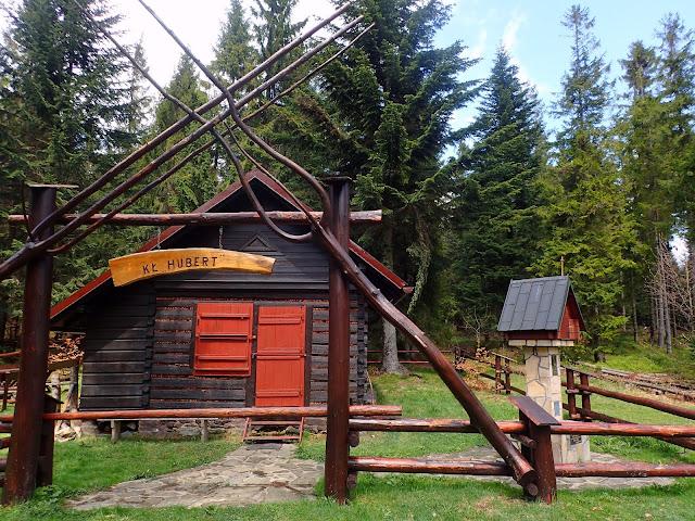 Koło Łowieckie Hubert w Tymbarku ma tu swój domek