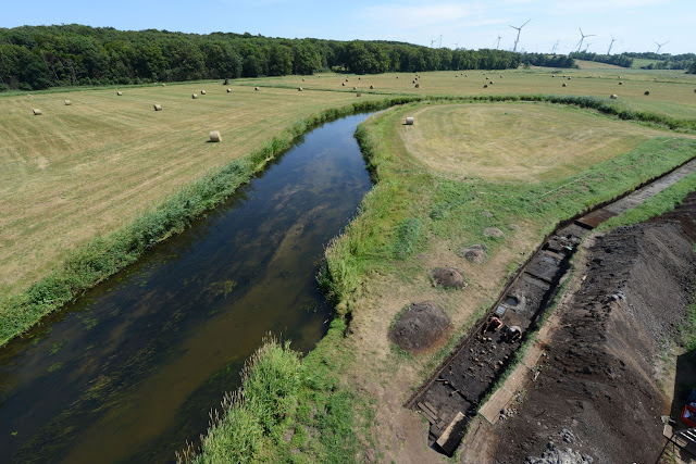 Belongings of warrior discovered on unique Bronze Age battlefield site