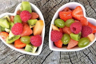 5 Benefits of Eating Fruit on an Empty Stomach