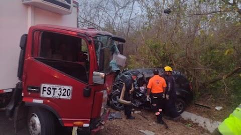 Accidente en la Vía Oriental Niña de 7 años, una de las víctimas fatales.