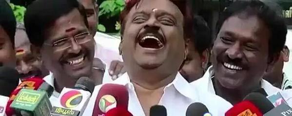 ரூ.500, ரூ.1000 செல்லாது என்ற அறிவிப்பும் சமூக வலைதள கிண்டல்களும்