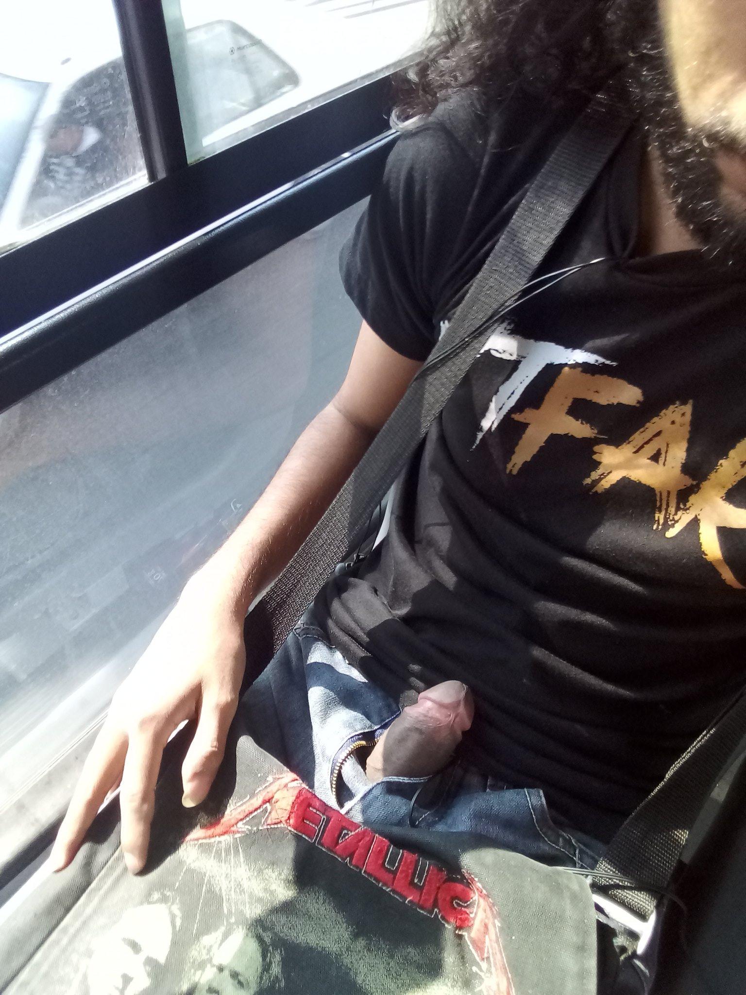glande de pene en el bus