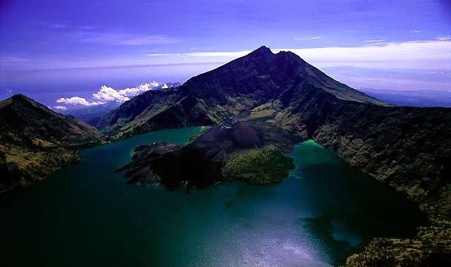 tempat mistis di lombok - Gunung Rinjani