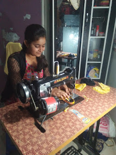 जौनपुर : मास्क बनाकर वितरित कर रहीं एनएसएस की छात्राएं | #NayaSabera