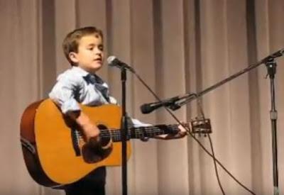 Όλοι υποκλίθηκαν στο ταλέντο αυτού του 7χρονου!