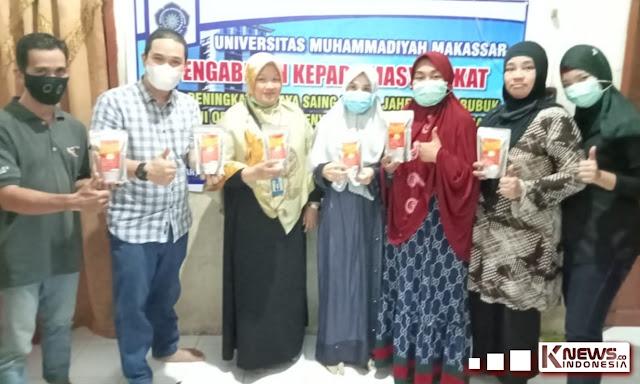 TIM PKM Unismuh Makassar Latih UMKM Isma Food Menyusun Laporan Keuangan dan Pemasaran Digital