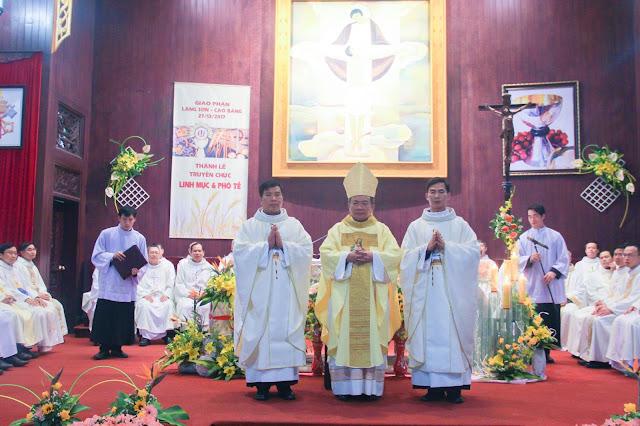 Lễ truyền chức Phó tế và Linh mục tại Giáo phận Lạng Sơn Cao Bằng 27.12.2017 - Ảnh minh hoạ 159