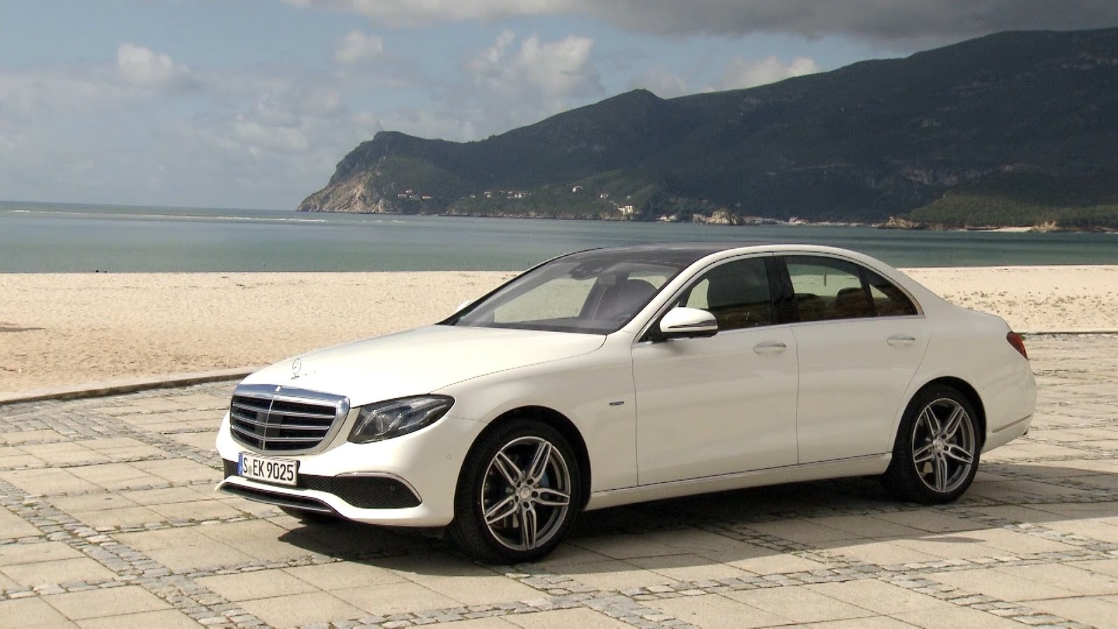 Mercedes benz e350e plug in hybrid malaysia ms blog for Mercedes benz mississippi