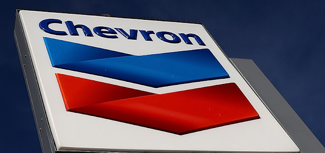 Chevron y empresas de servicios petroleros tendrían que salir de Venezuela en octubre