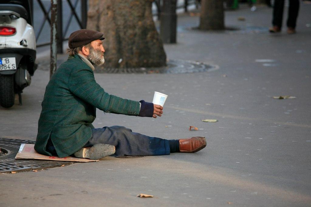 Le gouvernement réfléchit à supprimer l'Observatoire national de la pauvreté