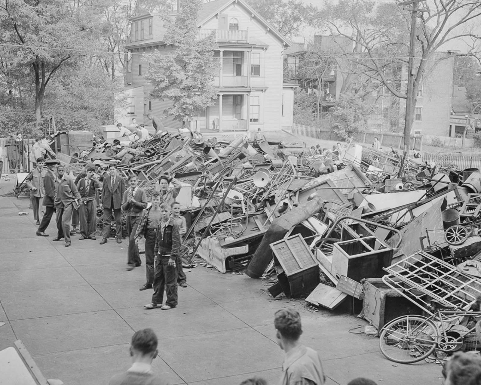 scrap metal drive world war two