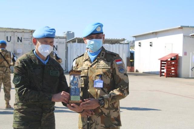 Komandan Sektor Timur UNIFIL Berkunjung ke Markas Polisi Militer Kontingen Garuda