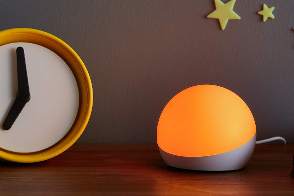 Amazon debuts Echo Glow smart lamp