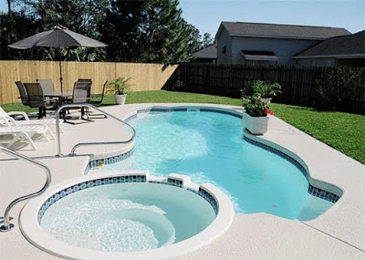 Home swimming pools and their shapes