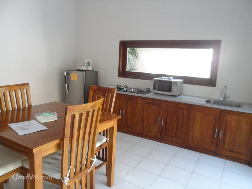 Dinning Room and Kitchen Villa Tukad Alit