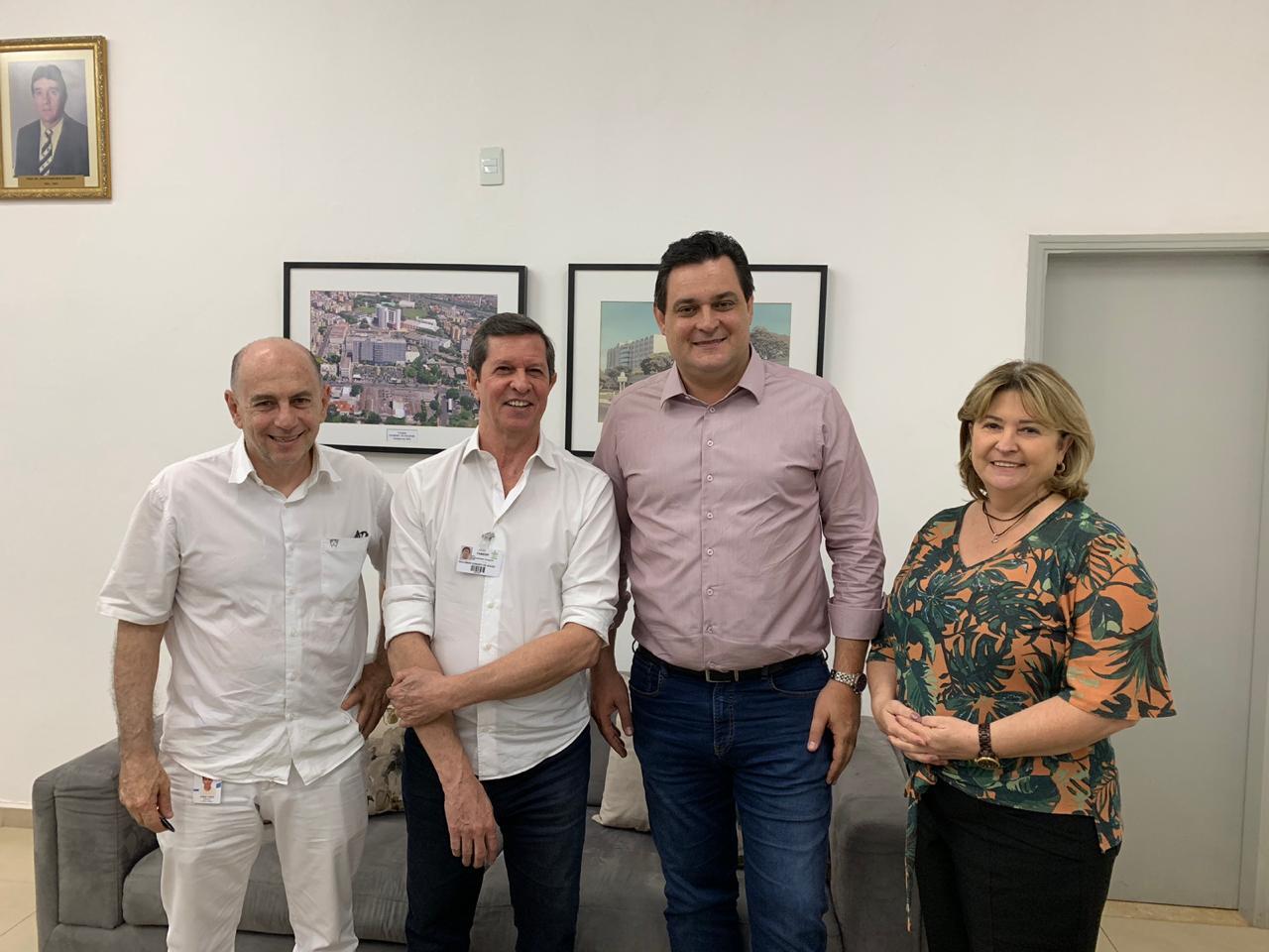 Geninho Zuliani anuncia emenda de R$ 500 mil para Hospital de Base de Rio Preto