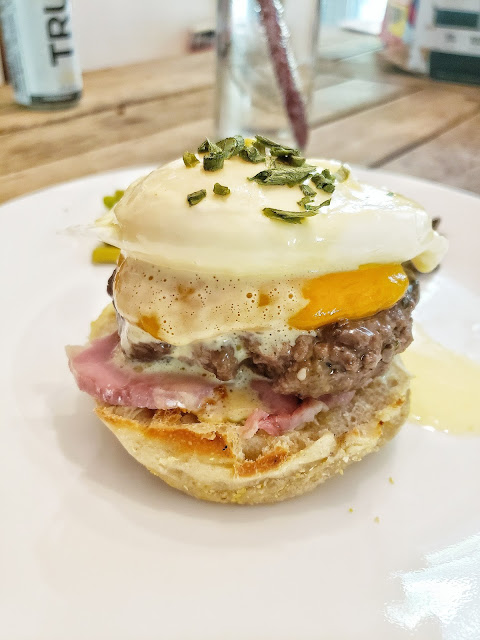 Bacon and Eggs Benedict Brunch Burger