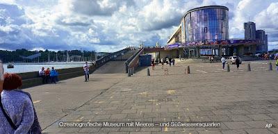 Ozeanografische Museum mit Meeres – und Süßwasseraquarien