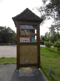 Boite à livres à Badefols sur Dordogne, malooka