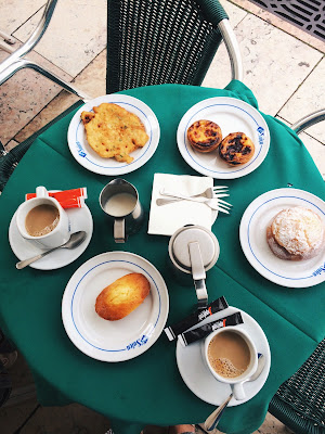pastries and coffee at the Pastelaria Suiça in Lisbon
