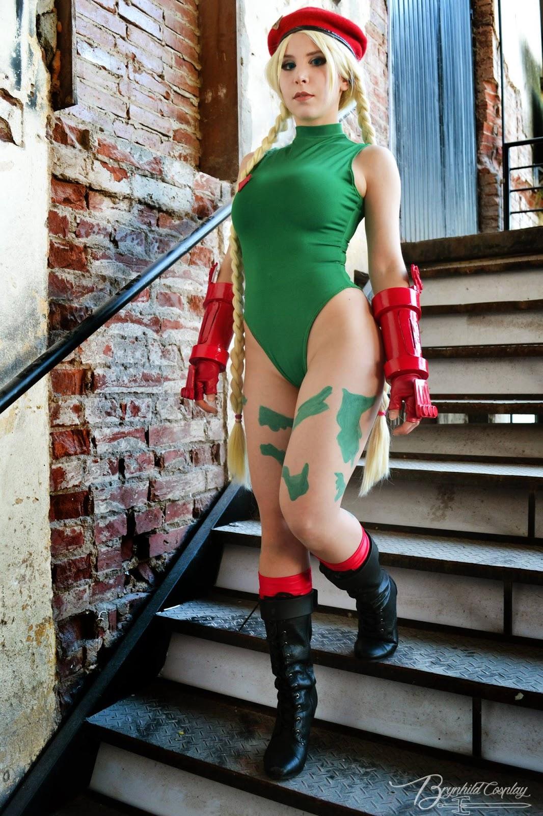 54 fotos da linda cosplayer Mirella Bertinatti (Brynhild Cosplay)