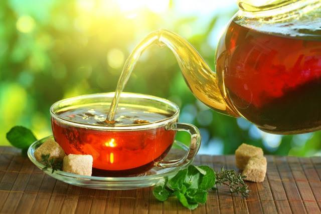 Pauza de ceai (schiţă umoristică de Dorel Schor)