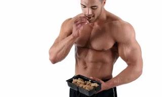 اضرار الافراط في تناول البروتين بشكل جنوني ( البروتين سلاح ذو حدين )