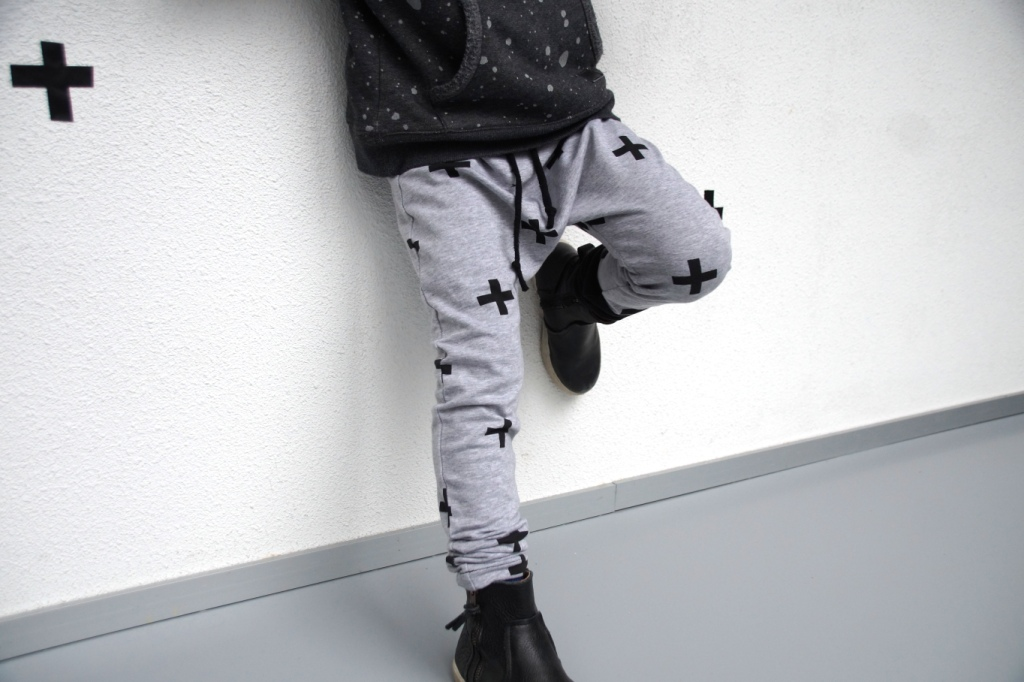 Free Motion Pants in Stoffenfeest fabric