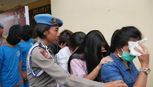 Diduga Korban Human Trafficking, 7 Orang Terjaring Operasi Di Villa Elite Kota Bunga