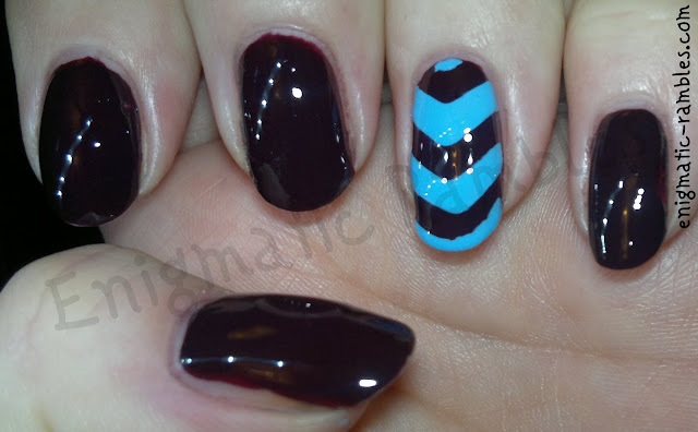 chevrons_nails_nail_art_opi_william_tell_enigmatic_rambles