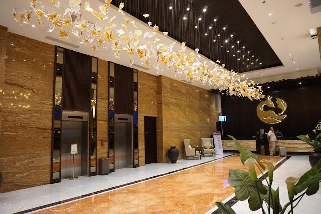 Lobby Gets Hotel