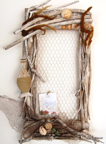 memo board with driftwood frame