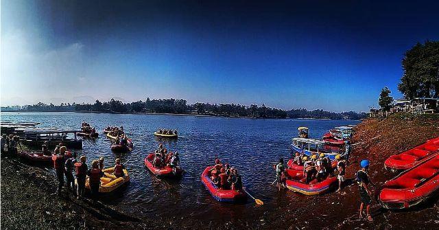 Salah satu Wahana Wisata Situ Cileunca Rafting Bersama Gravity Adventure