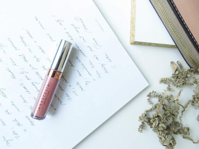 saveonbeautyblog_anastasia_beverly_hills_liquid_lipstick_recenzia
