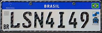placas de identificação de  de veículos (carros, motos... : BRASIL (azul e branco) ...Saiba o porquê... placas no padrão Mercosul