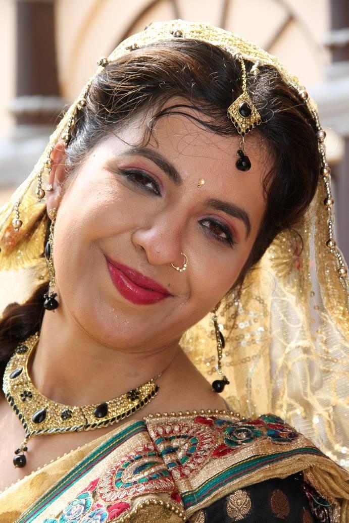 Khyati Singh, Pawan Singh, Manoj Tiger, Sanjay Pandey New Upcoming movie Balamua Tohre Khatir 2017 wiki, Shooting, release date, Poster, pics news info