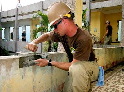 malta cementizia-spatola-edilizia
