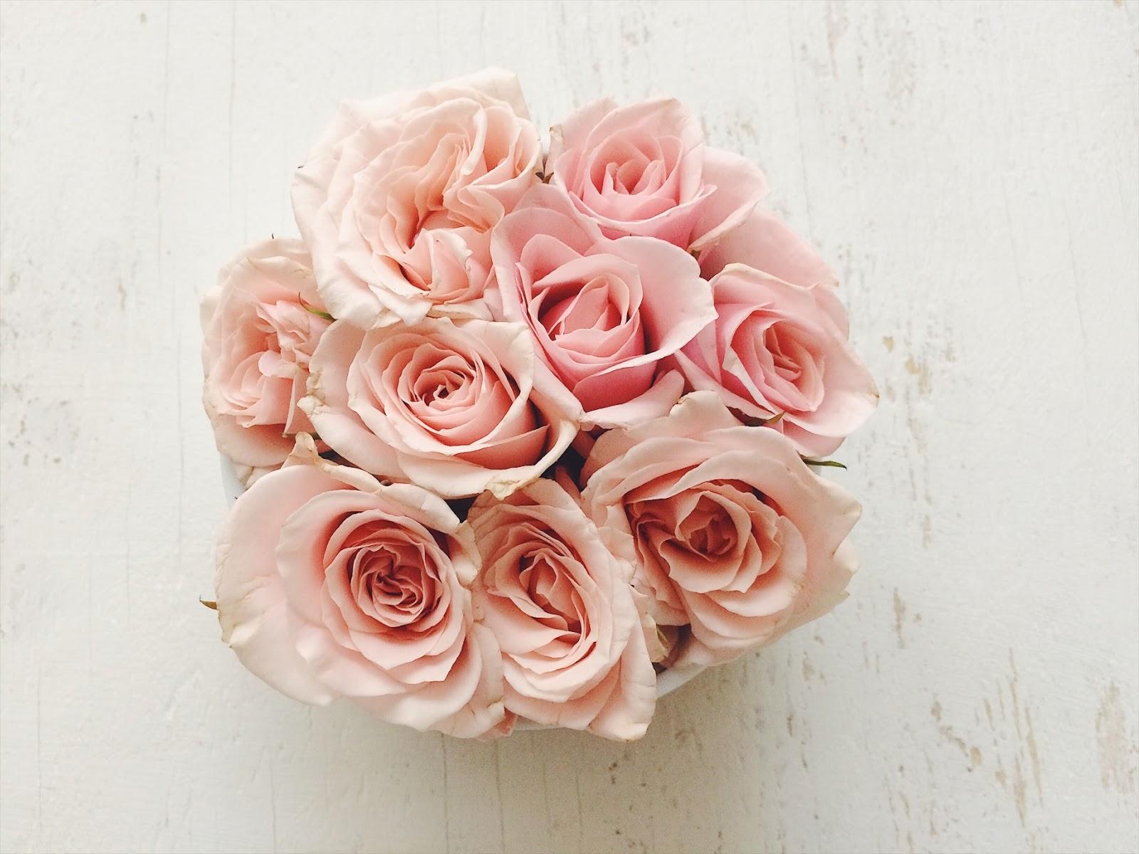 Dissocupied Tany : DIY: Valentine\'s prettiest flower arrangement in ...