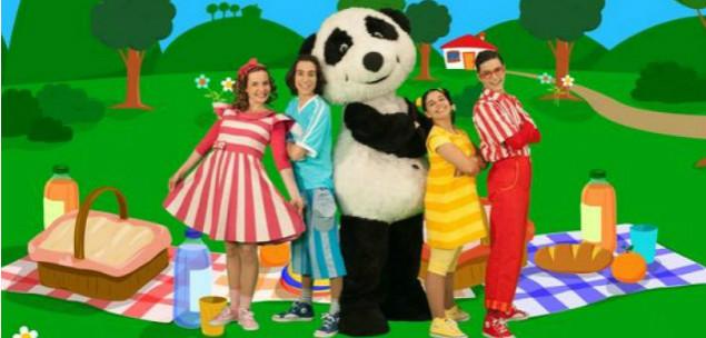 http://download857.mediafire.com/mvd3gmk5s00g/3b3oxghiomacj0x/Panda+e+Os+Caricas+-+Panda+Style.mp3