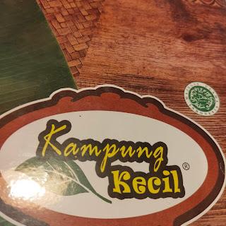 Makan Lesehan Nikmat Harga Bersahabat di Kampung Kecil Cipondoh Tangerang