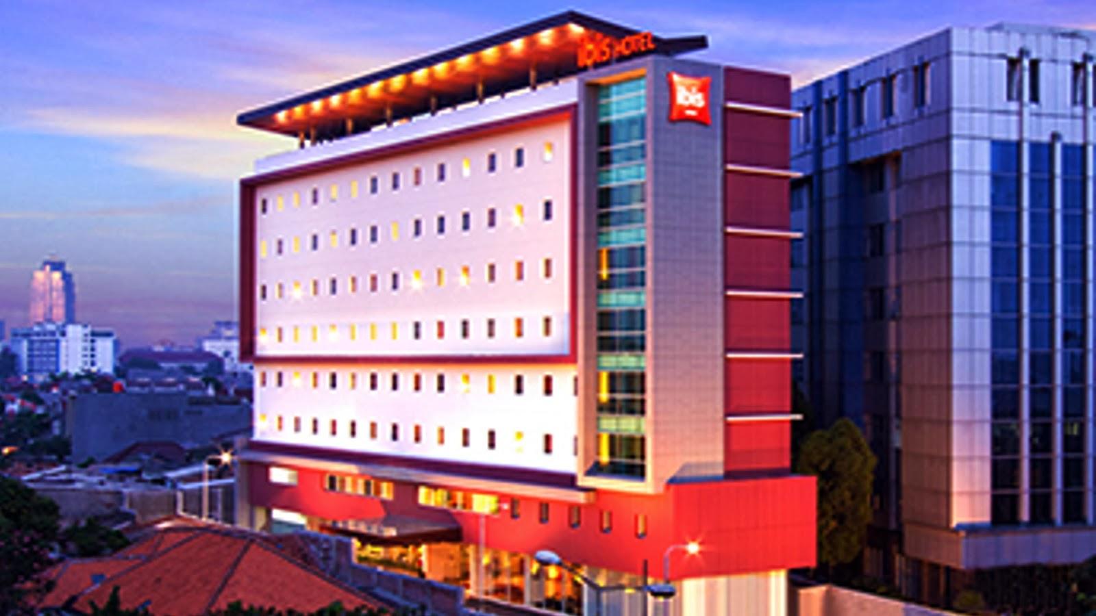 Rahmat M Samik Ibrahim Review Hotel Ibis Jakarta Senen