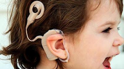 Pahami-Ciri-Ciri-Bayi-dan-Orang-Dewasa-Alami-Kurang-Pendengaran