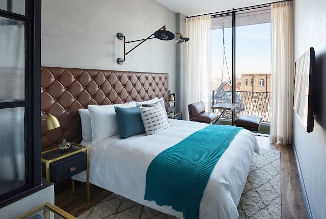 Natural finishes, industrial accents, pet-friendly rooms and modern amenities set Williamsburg Hotel apart from other Brooklyn boutique hotels. Book now.