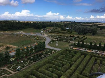 Widok z wieży widokowej w Ogrodzie Hortulus Spectabilis, Dobrzyca