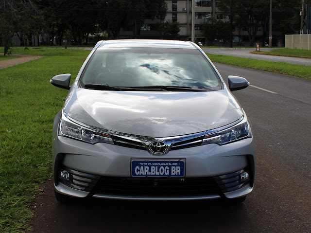 Toyota Corolla XEi 2018 - avaliação